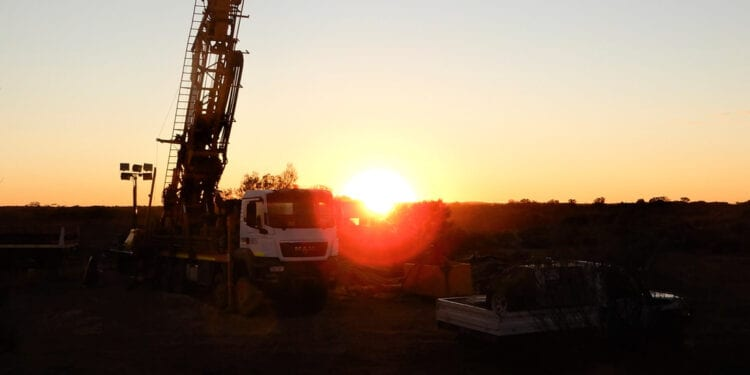 Kingwest Resources Hits Excellent Wide High-Grade Zones At Menzies