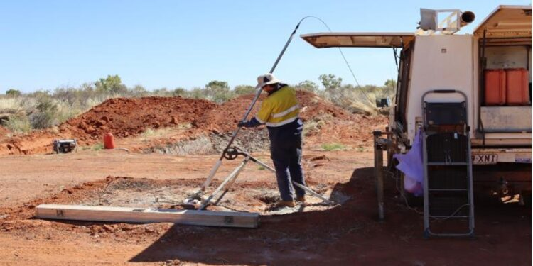 """Castille Resources Drills """"Spectacular"""" Copper Hits at Rover 1"""
