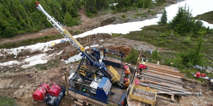 Hanstone Gold Takes To The Air At Snip Project