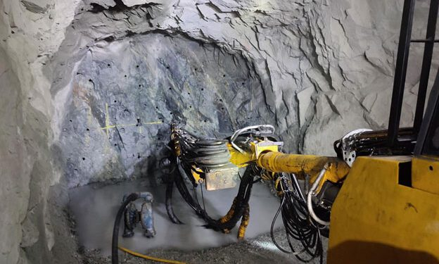 Altiplano Metals Continues To Expand Farellon Vein System
